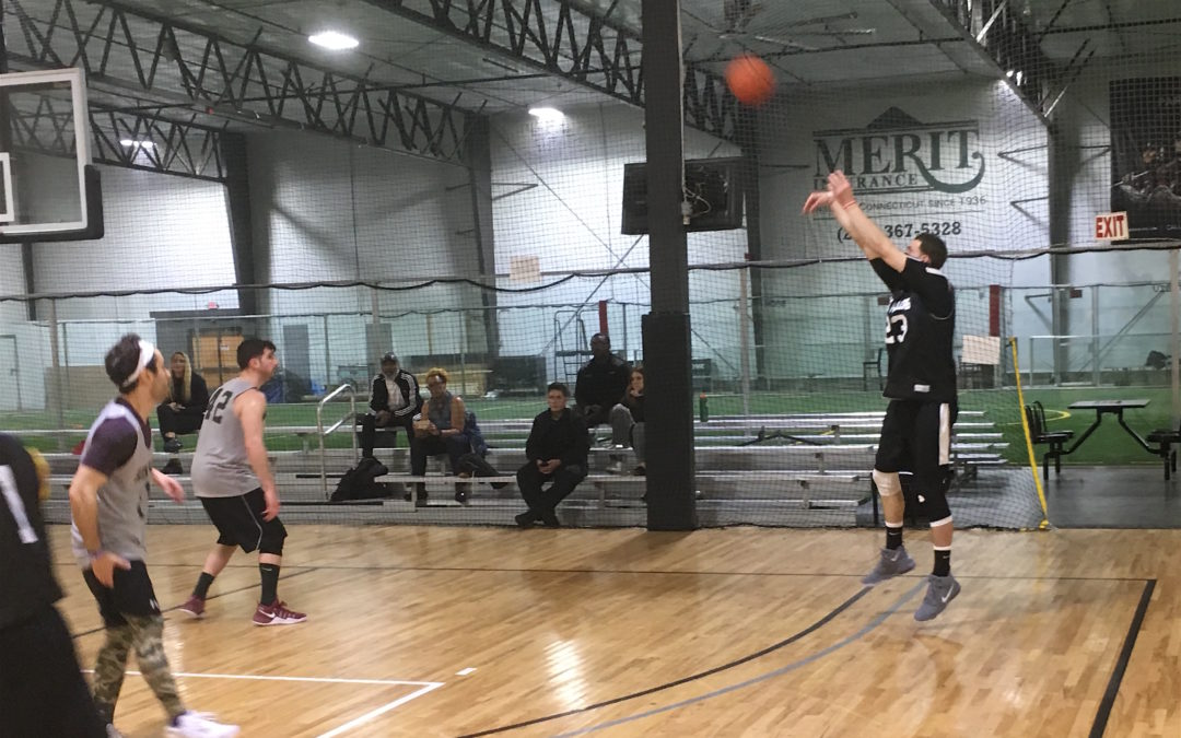 Davis' 40 helps Cereal Killers clinch top seed