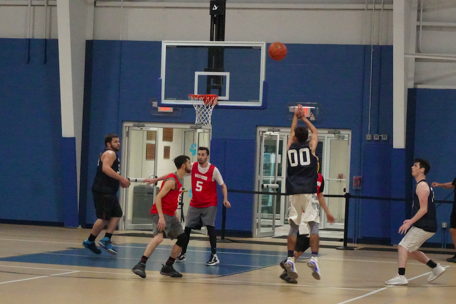 Werewolves overpower Wild Hogs in opening-night victory