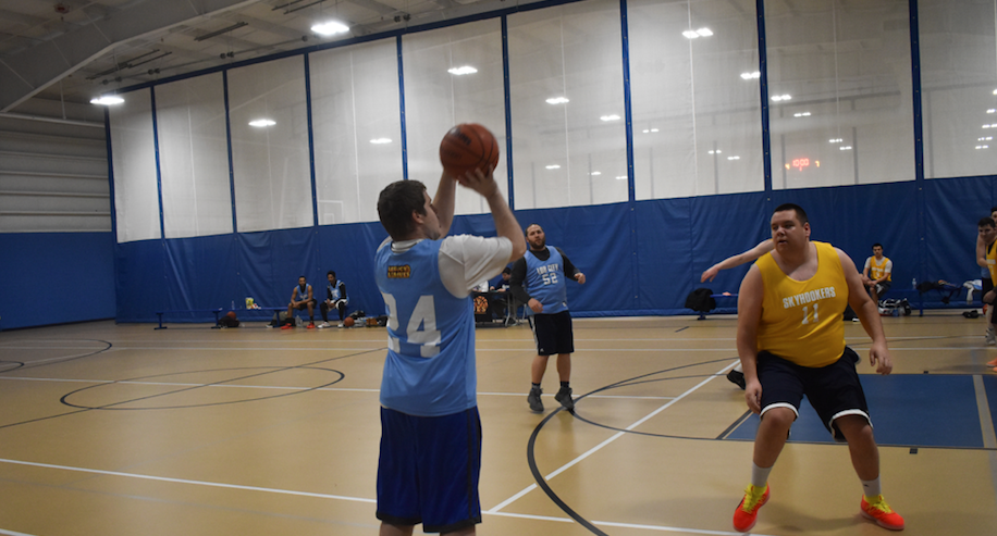 Crawford dominates as Lob City defeats the Skyhookers