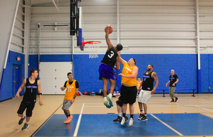 Despite three-point shooting woes, Swish Kabobs remain perfect in victory over Skyhookers