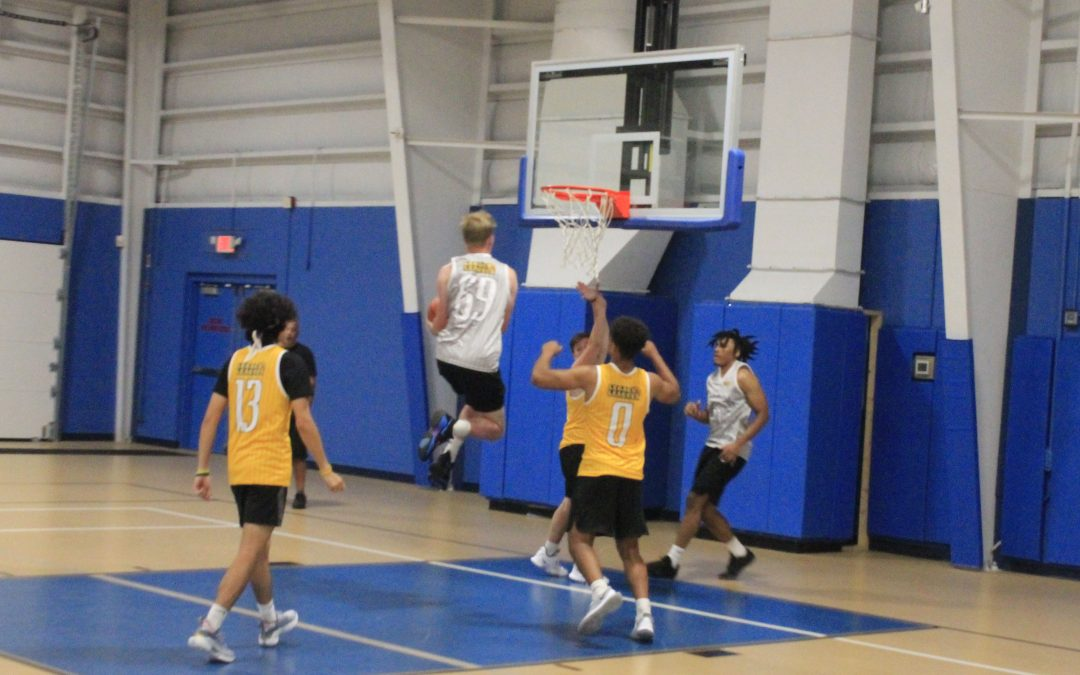 Ozone Boys hold off the Mamba's late game comeback
